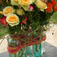 Recycle design with spray roses from Interplant Roses - close-up