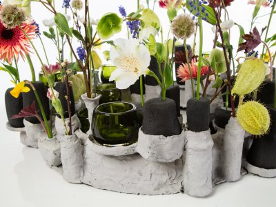 Contrasting black foam flower arrangement