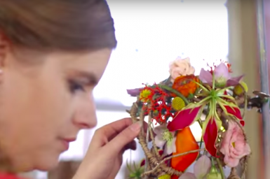 Hanneke Frankema creates a colorful bridal bouqet